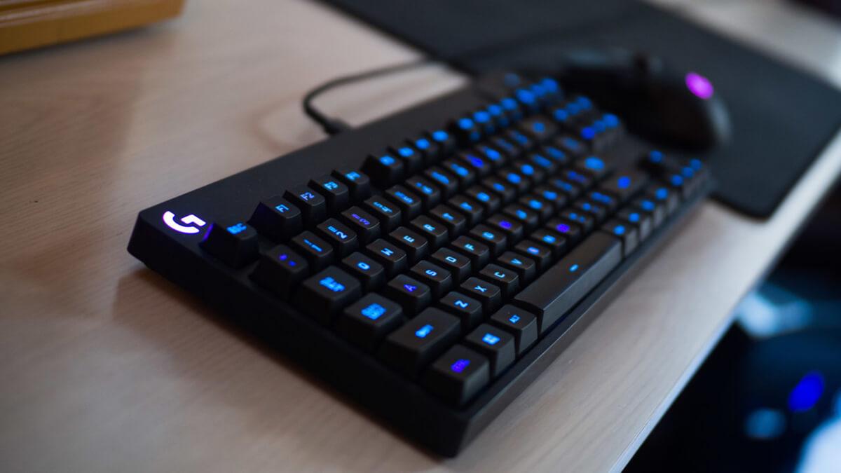 Vì sao nên  mua bàn phím cơ chơi game?